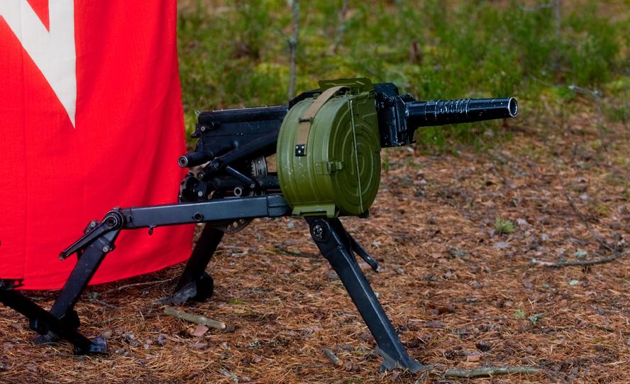 Противотанковое орудие.